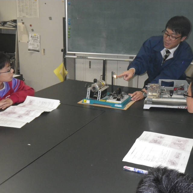 公開講座「メカnoワールド体験塾Bコース」を開催しました。